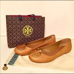 Tory Burch tan Reva flats 9.5
